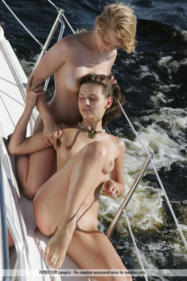 linsay and katrin femjoy