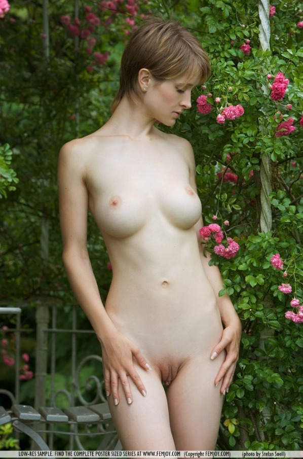 Littlest girl naked at nudist camp